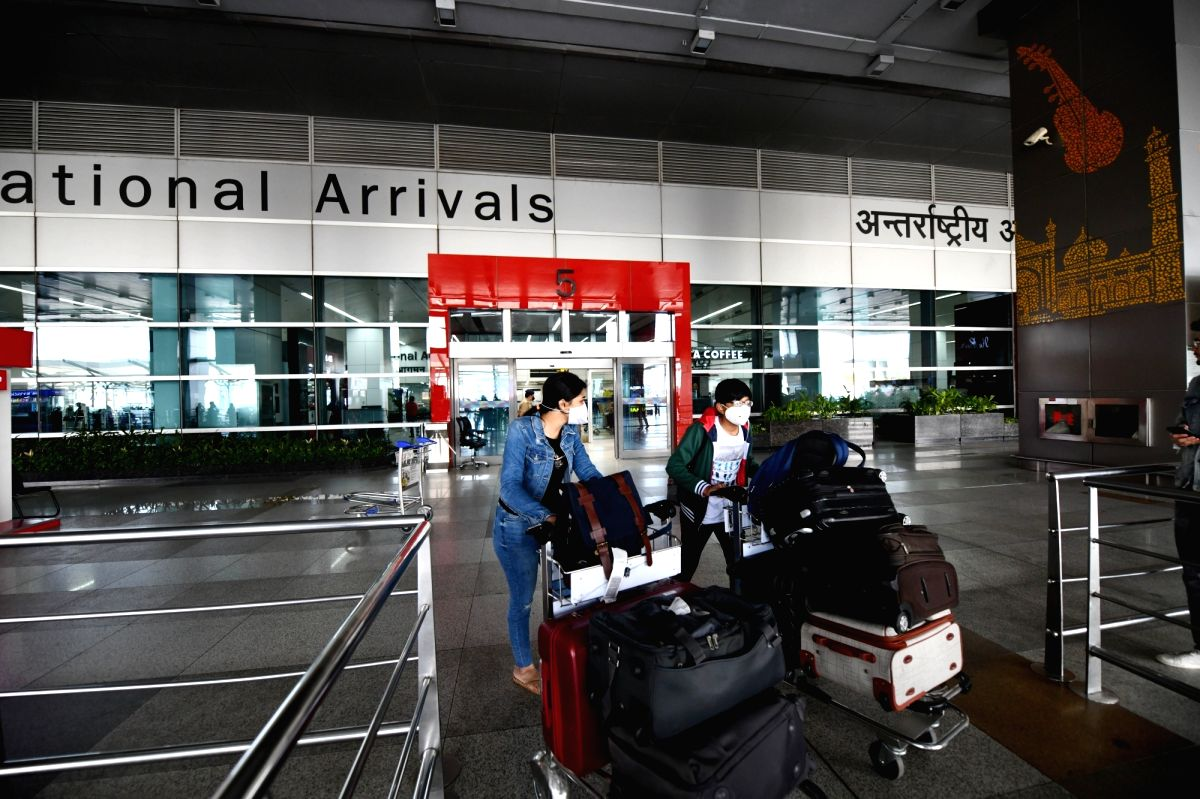 Scenes of protest from international passengers against being placed under quarantine to curb the spread of Covid-19 virus were witnessed at the Delhi Airport recently. However, sources claim that the situation was later resolved.