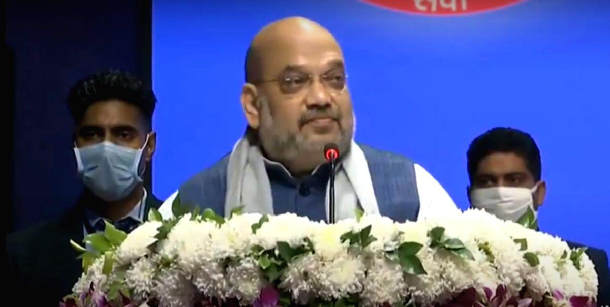 Shah hails Delhi Police work in Covid times