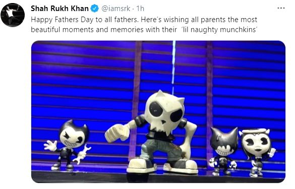 Shah Rukh Khan wishes parents the most beautiful moments with 'lil naughty munchkins' ( Credit : Shah Rukh Khan/twitter)
