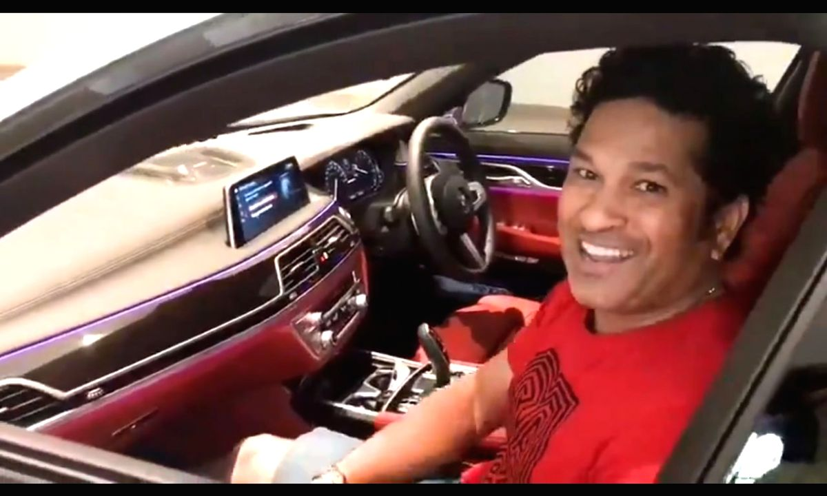 """Sharing the first """"driverless parking"""" experience with his 29.9 million followers on Twitter, cricket icon Sachin Tendulkar said on Saturday it felt like """"Mr. India"""" doing the job for him. The post, however, also sparked a debate on the need of weari"""
