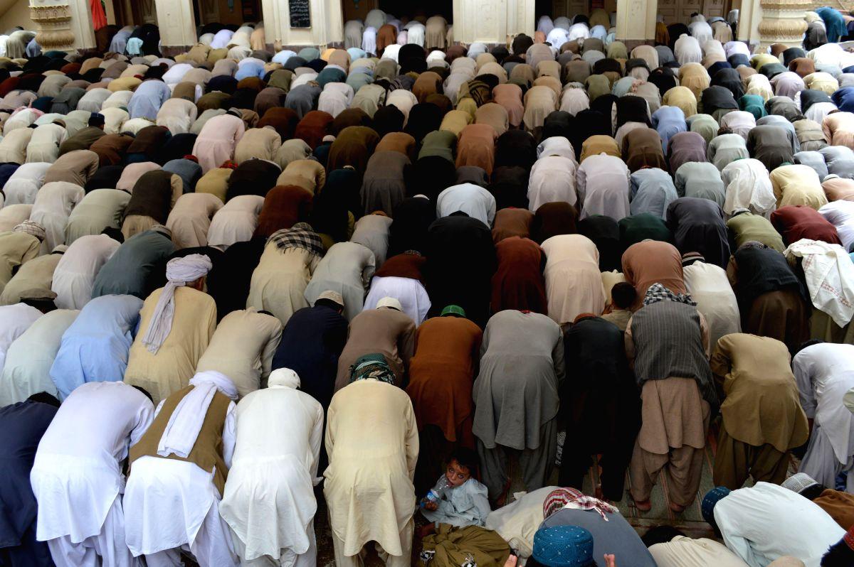 Sindh, Balochistan ban congregational prayers