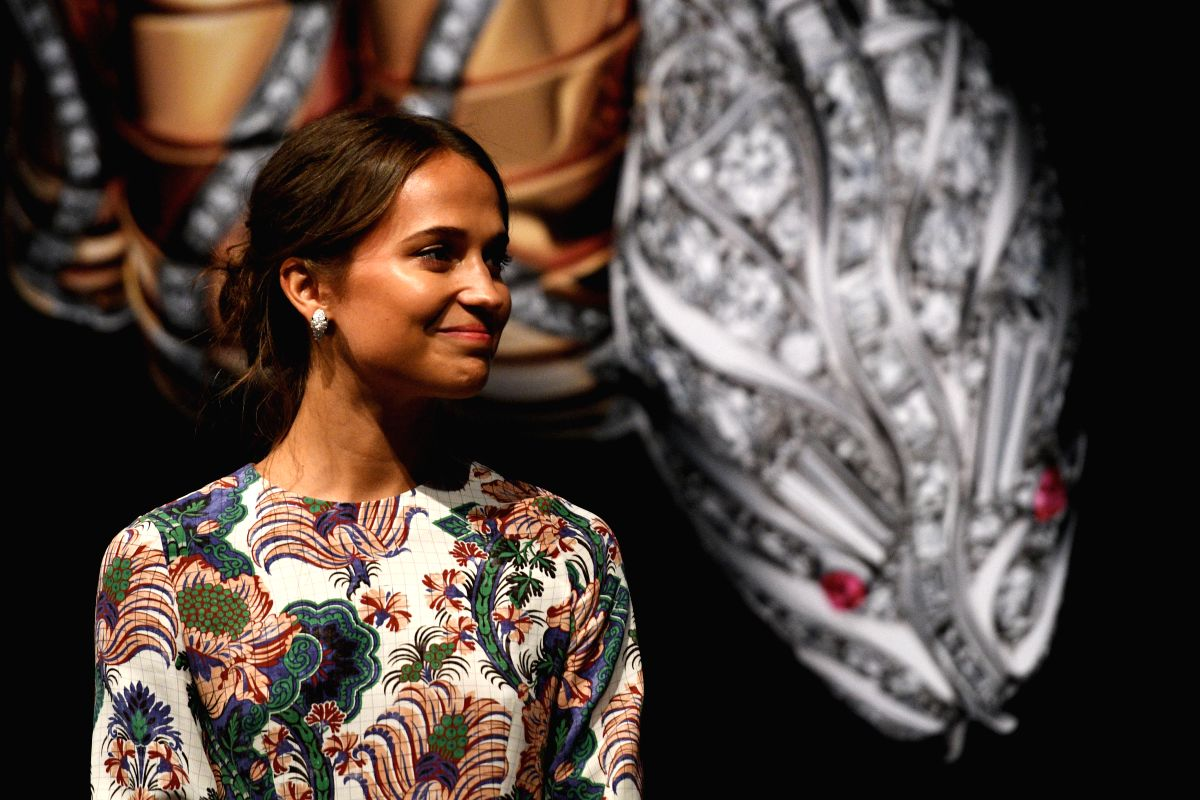 "SINGAPORE, Aug. 16, 2017 - Actress Alicia Vikander attends the press conference of the ""SERPENTIform"" art, jewellery and design exhibition at the ArtScience Museum in Singapore, on Aug. 16, ..."