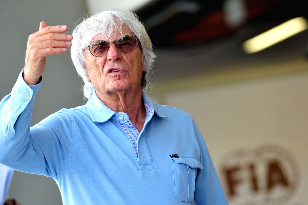 SINGAPORE, Sept. 19, 2013 (Xinhua/IANS) -- F1 chief Bernie Ecclestone reacts at the pit building of Singapore F1 Grand Prix in Singapore, Sept. 19, 2013. (Xinhua/Then Chih Wey)