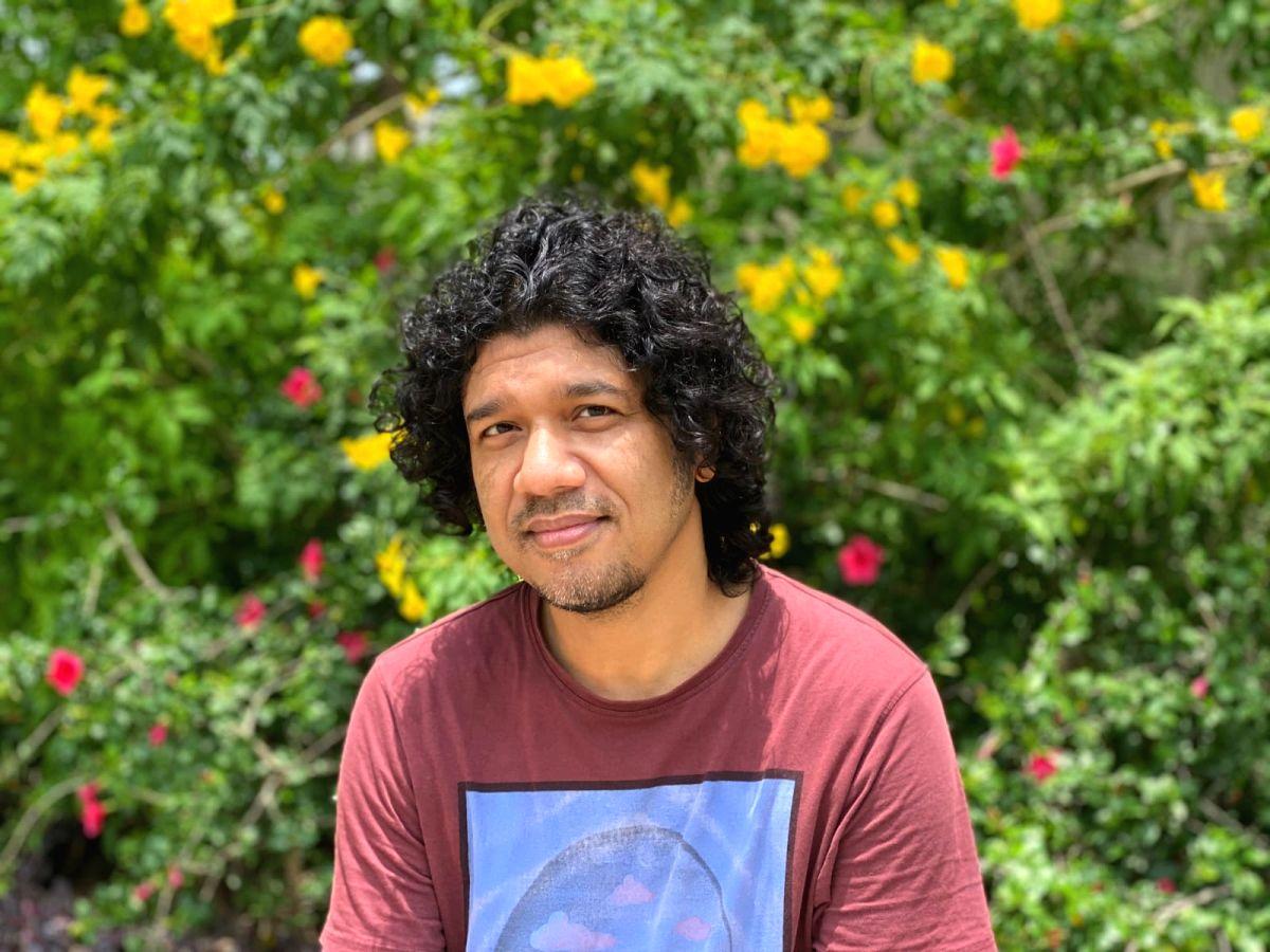 Singer Papon.p