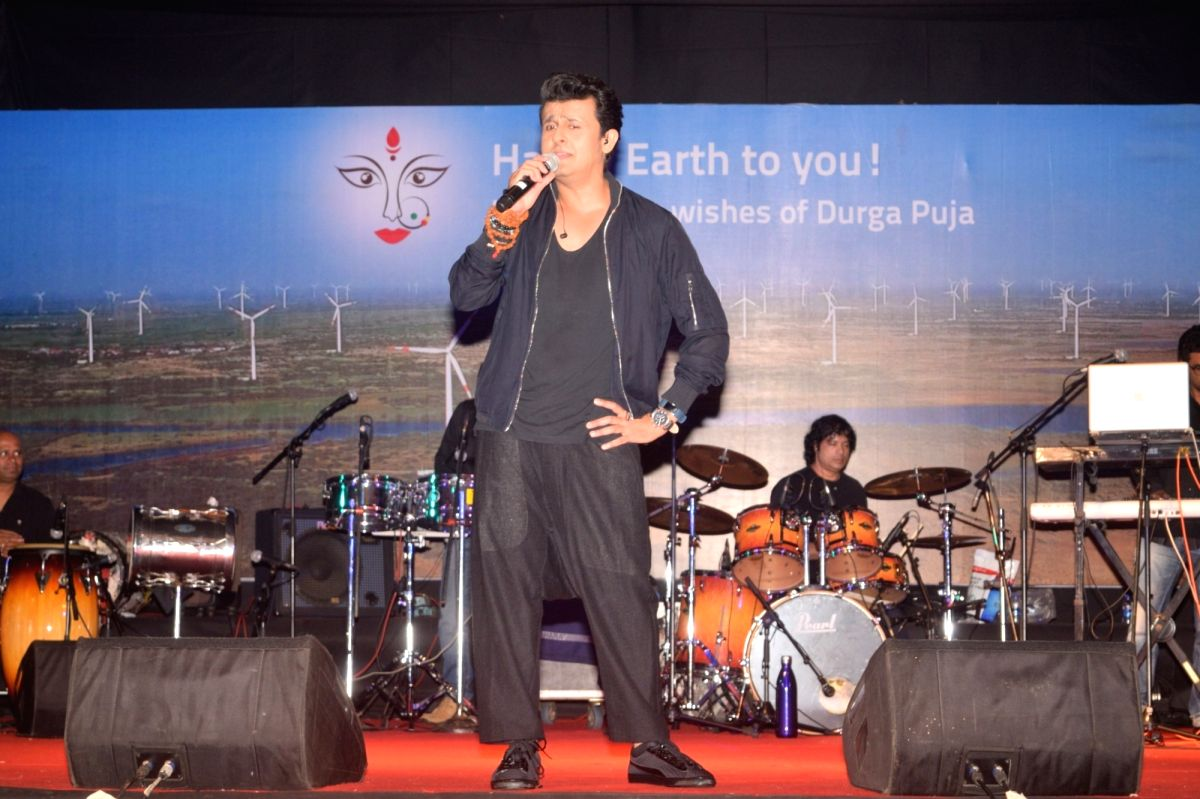 Sing along with Sonu as he celebrates Durga Puja