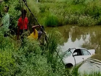 Six killed as car falls into ditch in UP.
