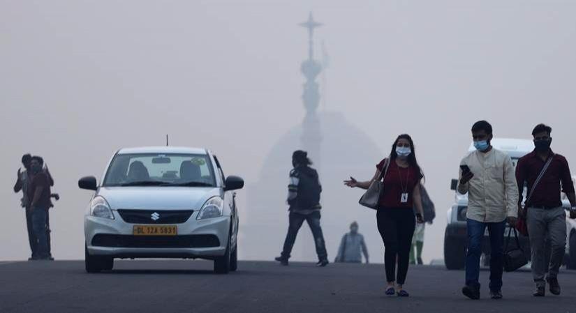 Smog engulfs the national capital on Nov 4, 2020.