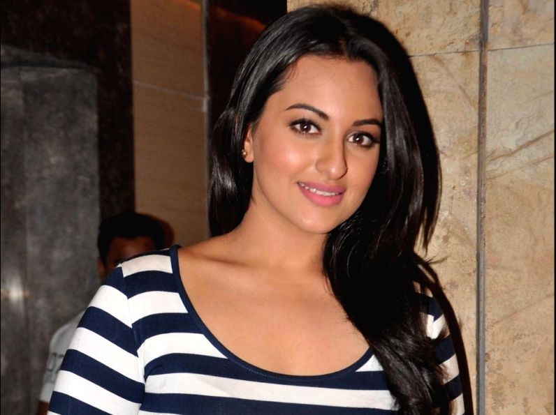 Sonakshi Sinha's jibe at airline: You broke the unbreakable