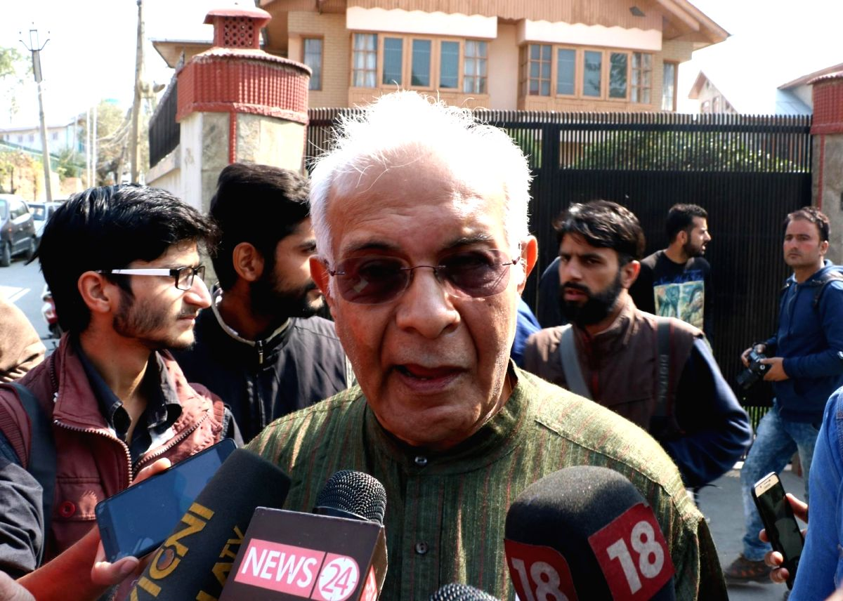 Srinagar: Former bureaucrat Wajahat Habibullah talks to press after meeting separatist leaders in a fresh bid to break a logjam after more than three months of deadly unrest in the Kashmir Valley in Srinagar on Oct 25, 2016. Habibullah was a part of