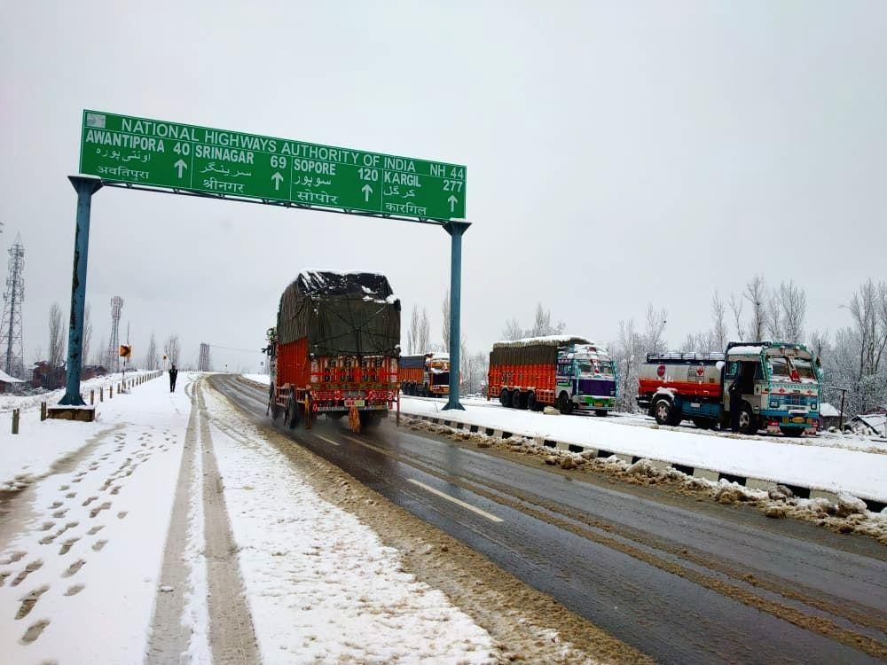 Srinagar-Leh highway likely to open from Sunday
