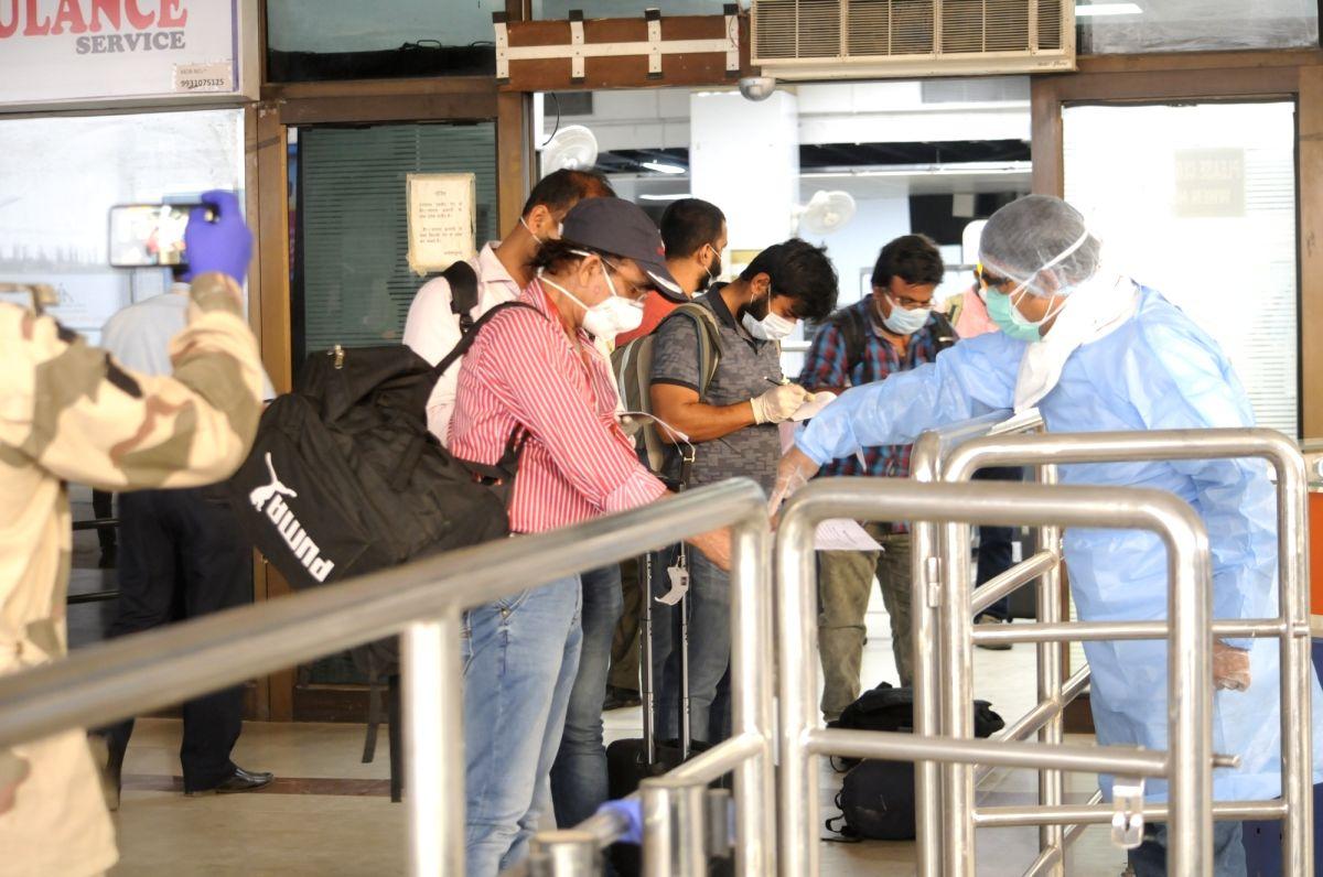 Stranded labourers return to Mangaluru from Lakshadweep