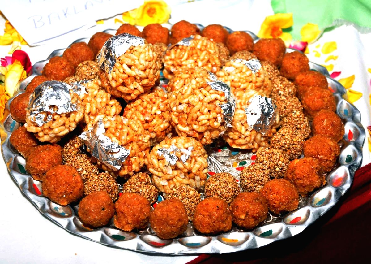 Laddu- The Perfect Ball of Happiness! Be it Diwali, or Navaratri or any celebration, this is a must!