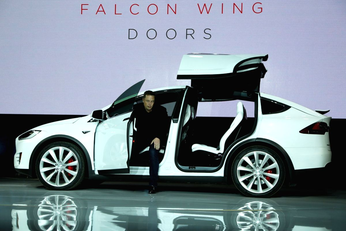 Tesla CEO Elon Musk introduces the falcon wing door on the Model X