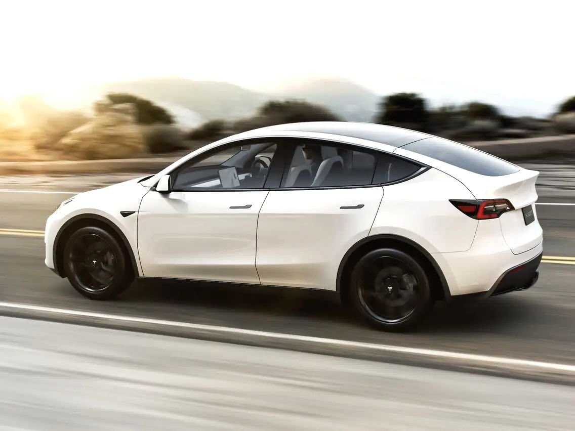 Tesla Model Y available in cheaper option that starts from $42K. (Photo Credit: Twitter)