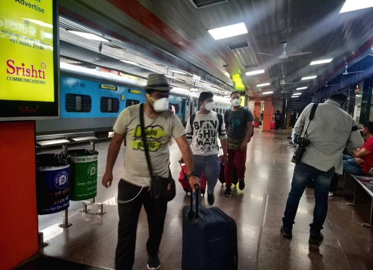 COVID in Delhi: 183 new cases in 24 hours; tally crosses 900-mark