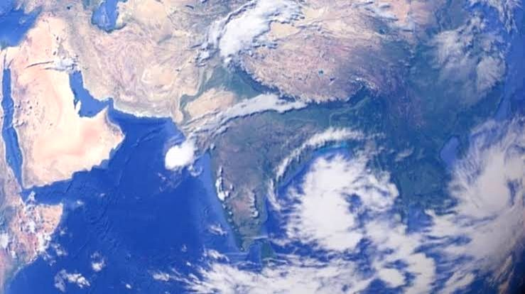 Cyclone 'Bulbul' to make landfall in Bengal early Sunday