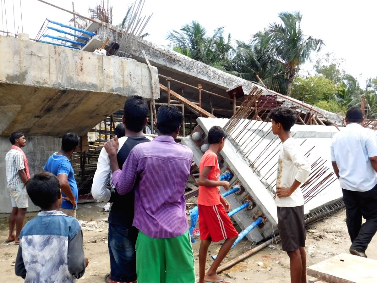 Three dead as under-construction bridge collapses in Bengal.