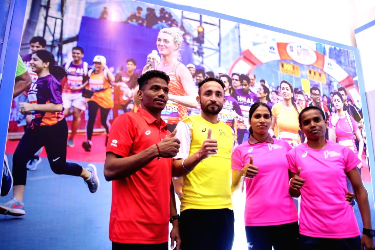 TMM 2020-Indian Top Elite Athlete Srinu Bugatha, Rashpal Singh, Sudha Singh and Jyoti Gawte at Tata Mumbai Marathon.
