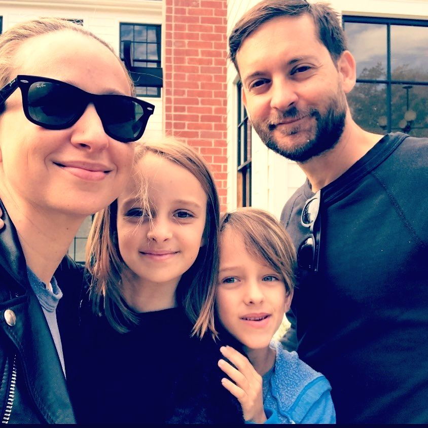 Tobey Maguire, Jennifer Meyer officially end marriage .