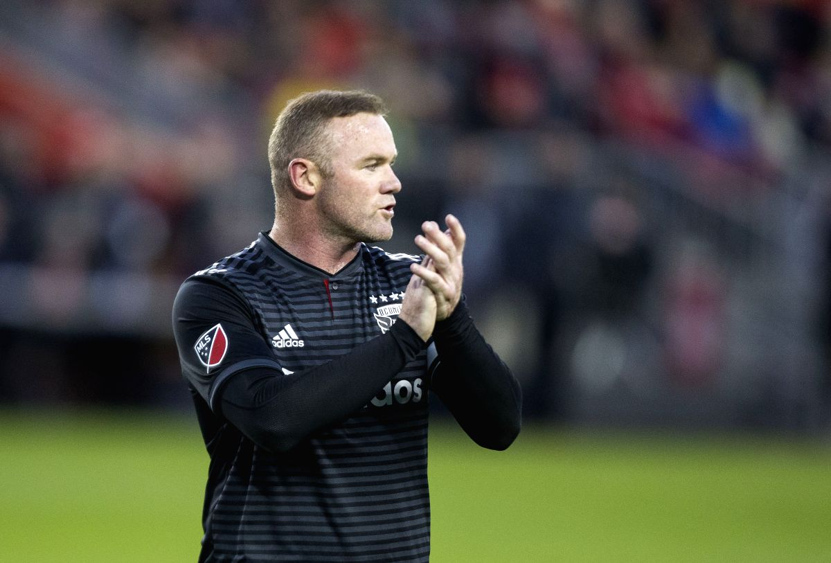 TORONTO, Oct. 20, 2019 (Xinhua) -- Wayne Rooney of D.C. United reacts during the first round match of the 2019 Major League Soccer (MLS) Cup Playoffs between D.C. United and Toronto FC at BMO Field in Toronto, Canada, Oct. 19, 2019. (Photo by Zou Zhe