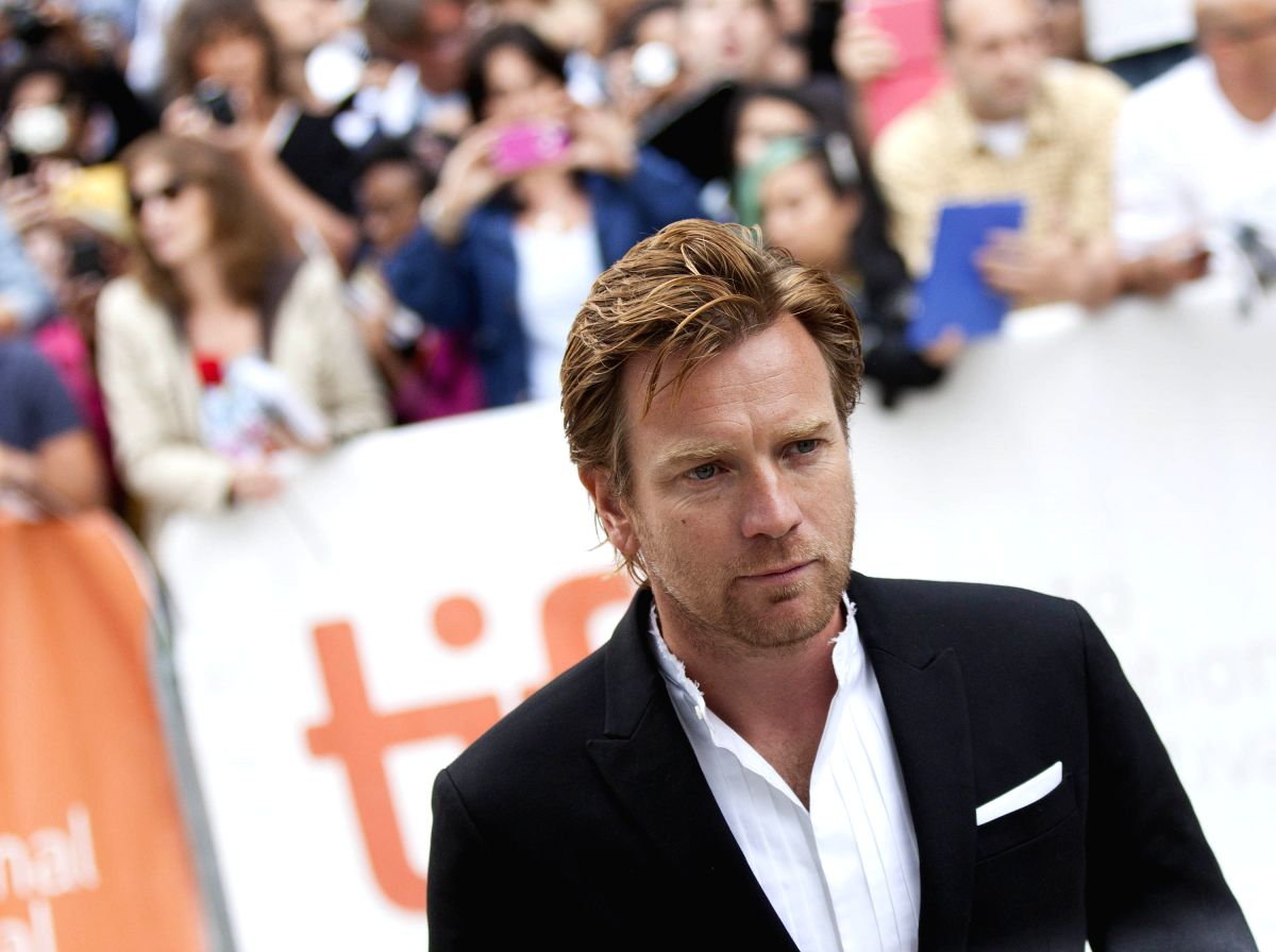 "TORONTO, Sept. 10, 2013 (Xinhua/IANS) -- Actor Ewan McGregor attends the world premiere of the film ""August: Osage County"" during the 38th Toronto International Film Festival in Toronto, Canada, Sept. 9, 2013. (Xinhua/Zou Zheng)"