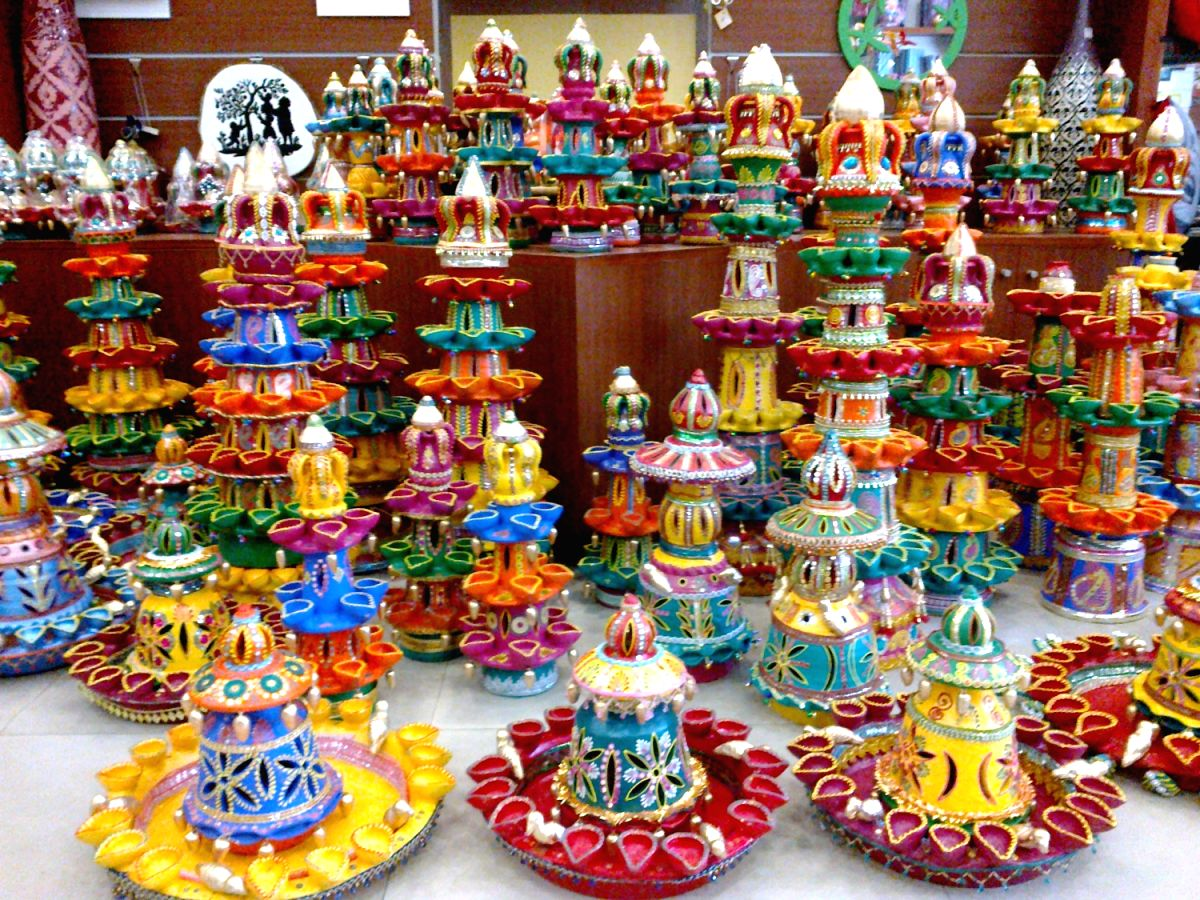 Diwali 2020: Local potters, ceramicists go online to sell during COVID-19