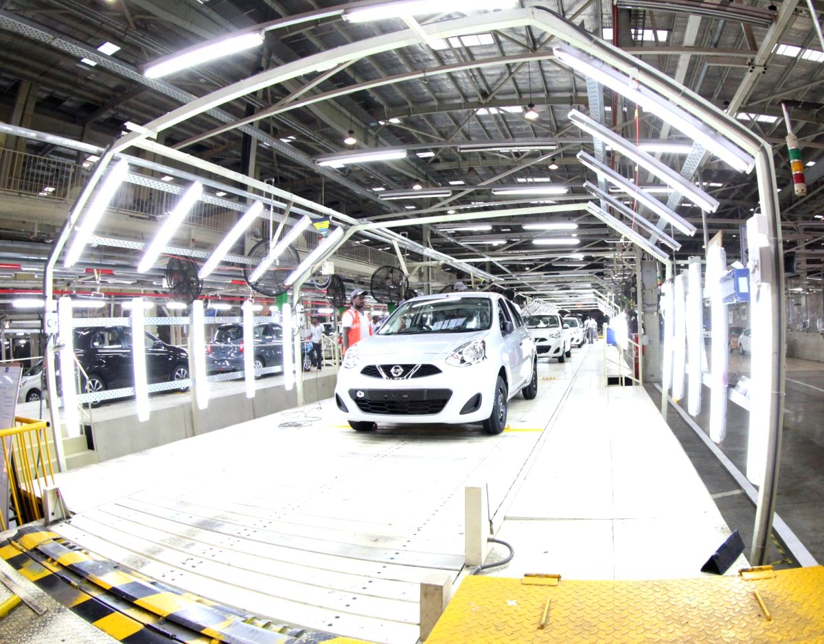 Transmission of benefits of past and present rate cuts by lenders is essential for the automobile sector to drive out of the slowdown, feel industry observers. (File Photo: IANS)