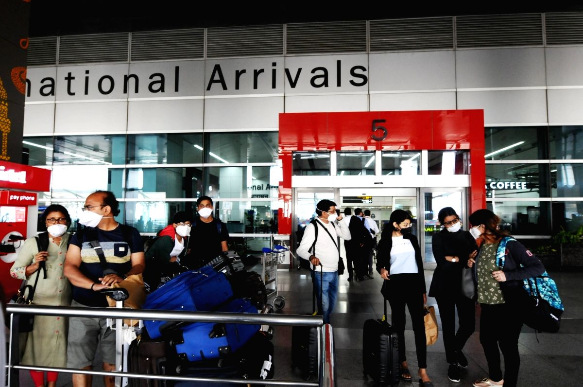 Delhi to make Covid reports 'must' for travellers from 5 states