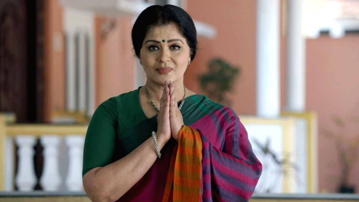"""TV star and classical dancer Sudha Chandran will make her debut as an anchor with the show """"Crime Alert"""". The crime show is produced by her, too."""