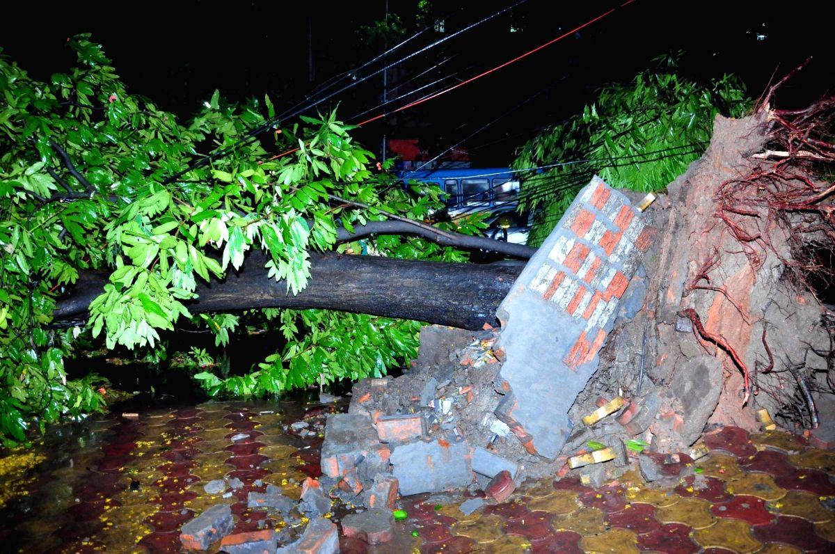 Two women electrocuted in Jharkhand.