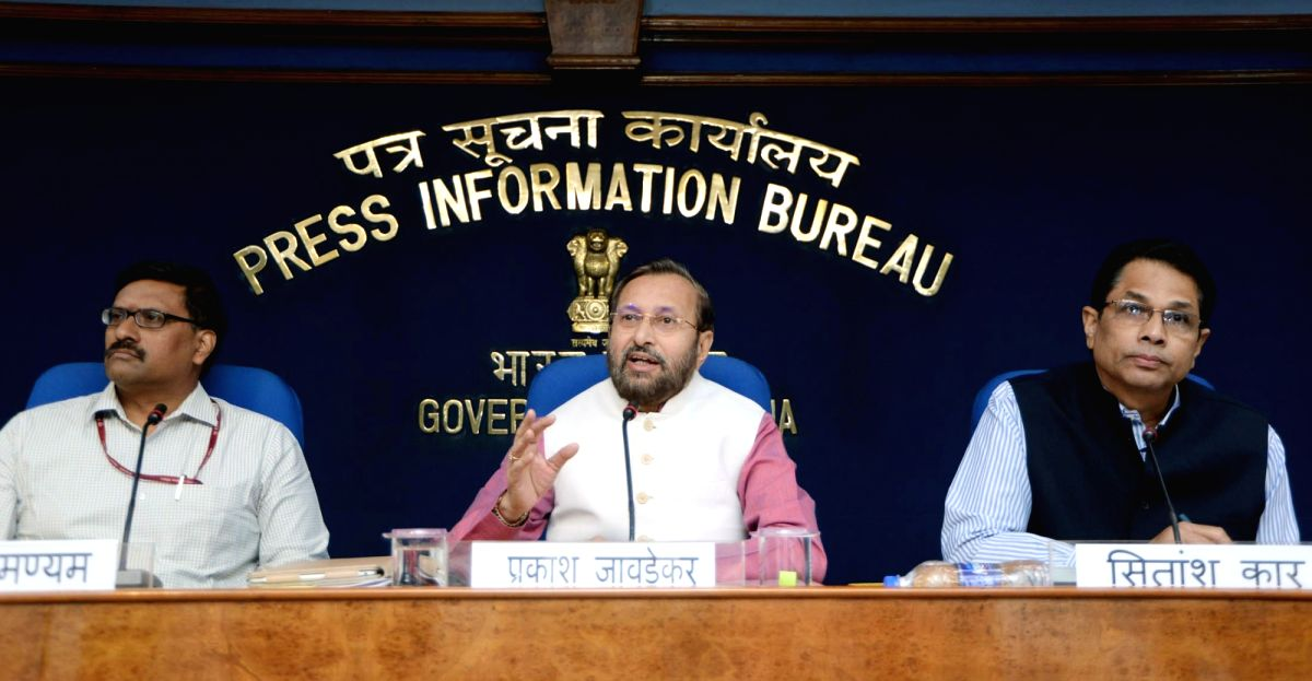 Union Human Resource Development (HRD) Minister Prakash Javadekar addresses a press conference on issues relating to Higher Education, in New Delhi on Oct 25, 2018. Also seen Department of ...