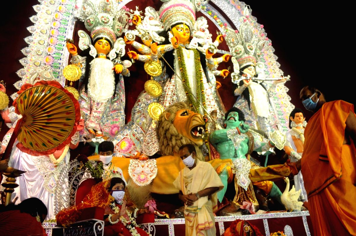 Vaccination is must for all involved in Durga Puja in Bengal