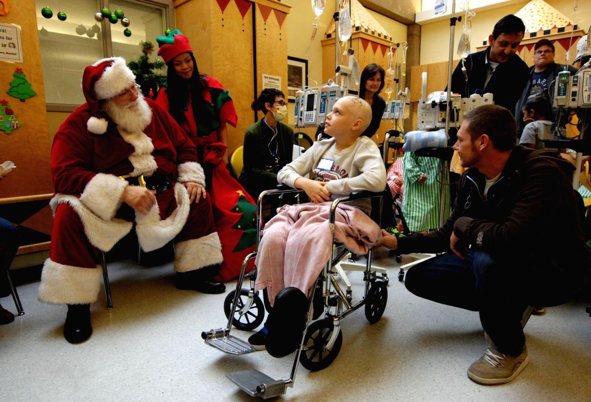 Santa at the Hospital !!