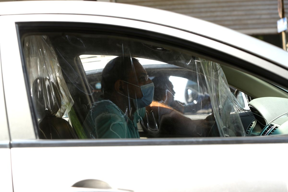Wearing face mask compulsory in vehicles: Delhi HC