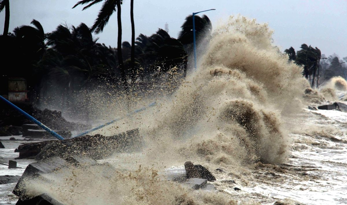 West Bengal:  After cyclone Yaas gone the aggression of Digha sea still there as after effect of Yaas on Thursday at Shankarpur, Digha in Kolkata, May 27 2021. (Photo: Subhendu Ghosh/ IANS)