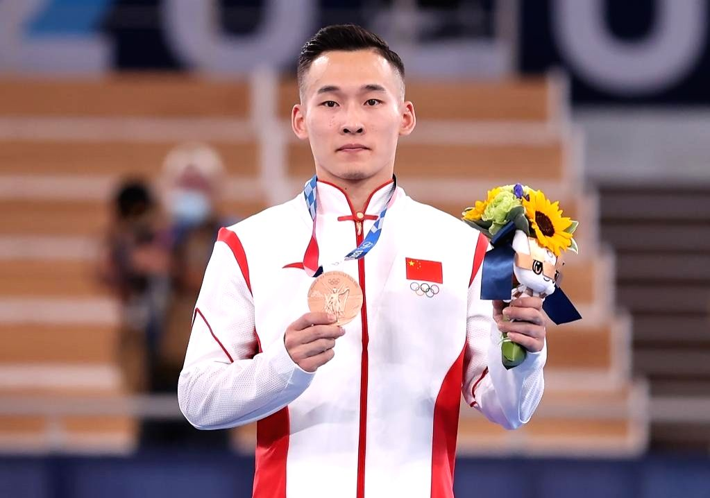 Xiao takes 3rd medal on Day 1 of individual gymnastics