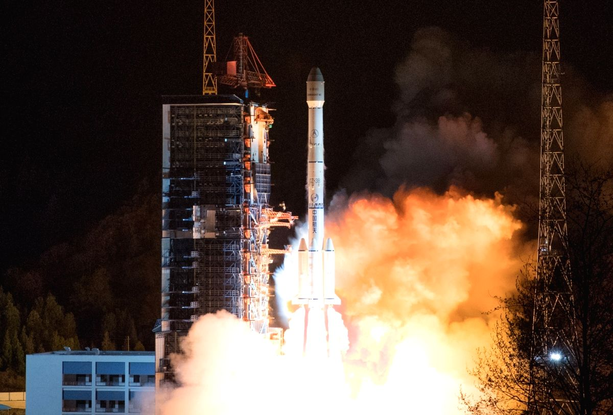 """XICHANG, March 10, 2019 (Xinhua) -- The """"ChinaSat 6C"""" satellite is launched by a Long March-3B carrier rocket from the Xichang Satellite Launch Center in southwest China's Sichuan Province, March 10, 2019. It will provide high-quality radio and TV tr"""