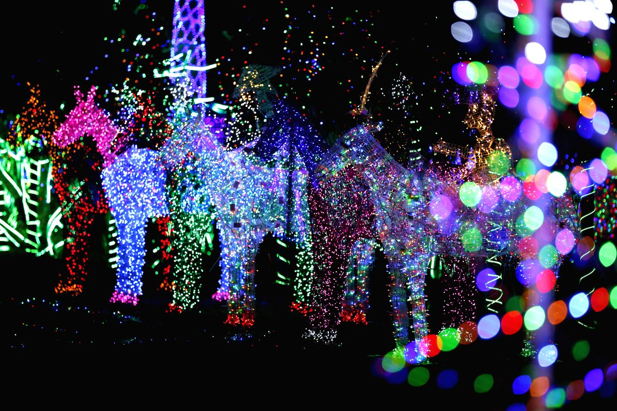 MYANMAR-YANGON-LIGHTING FESTIVAL