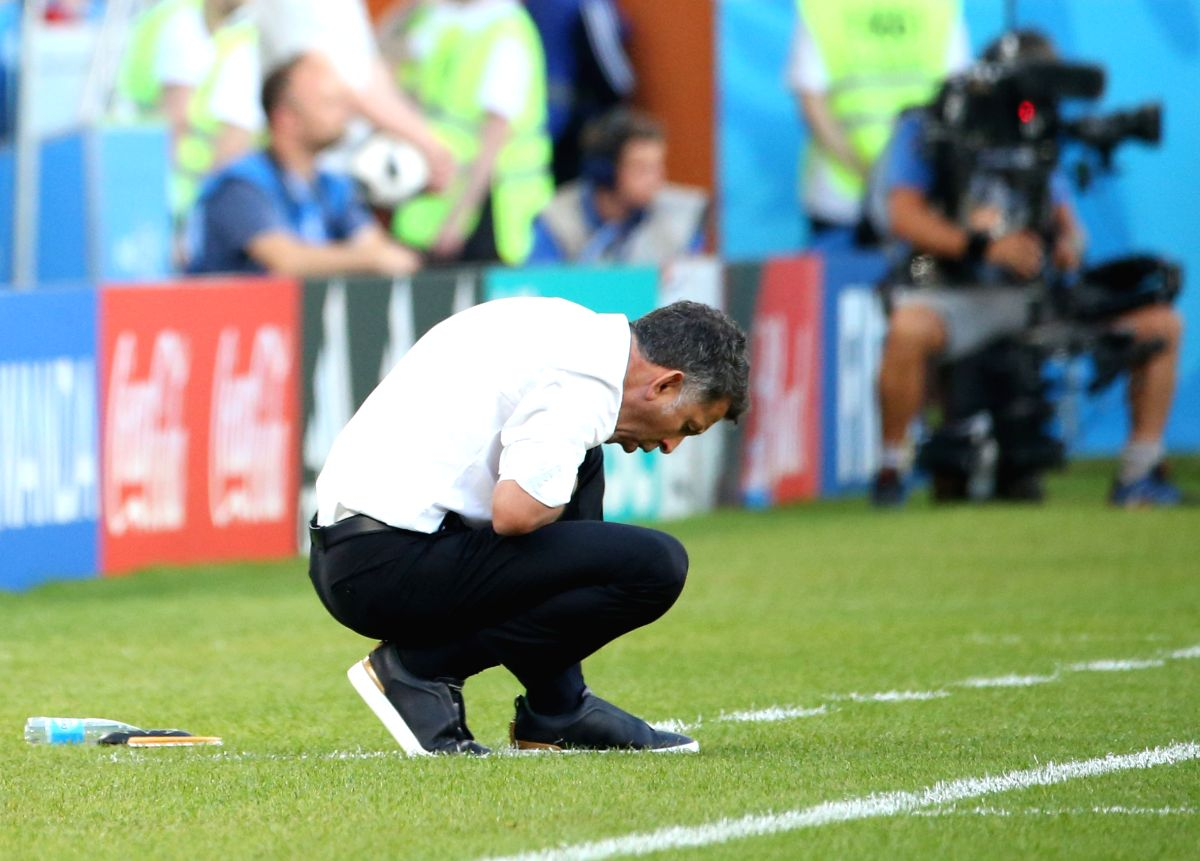 Mexico's head coach heartbroken in the match against Sweden