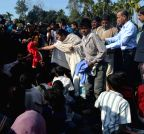 Alipurduar: Mamata Banerjee distribute winter clothes to refugees