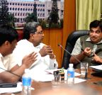 Bengaluru:Nitin Gadkari, Siddaramaiah during a meeting