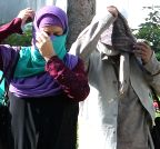 Bengaluru: Parents of pro-Islamic State (IS) tweeter at Bangalore Police Commissioner's office
