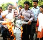 Bhopal: Congress  demonstration against Giriraj Singh's remark on Sonia Gandhi