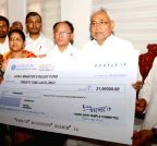 Bodh Gaya: BTMC donation for Nepal earthquake victims