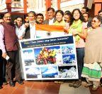 Dehradun: Uttarakhand CM hands over tricolour to Malik sisters