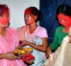 Guwahati: Holi celebrations in Manipur Basti