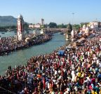 Haridwar: Devotees throng Har Ki Pauri
