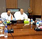 Imphal: Jitendra Singh meets Manipur CM