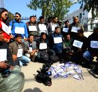 Kathmandu (Nepal): photojournalists protest against the government
