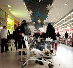 RUSSIA-MOSCOW-ECONOMY-RUBLE SLUMP-DAILY LIFE